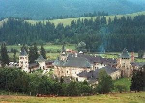 Mănăstirea Putna, necropola celui mai important domnitor al Moldovei Ștefan cel Mare